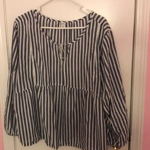 Old Navy Flowy Top